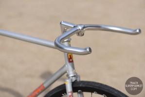 Nitto RB-010 Bullhorn handlebar (Silver or Black)