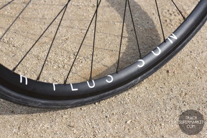 H Plus Son Archetype Clincher 700c Rim 32h