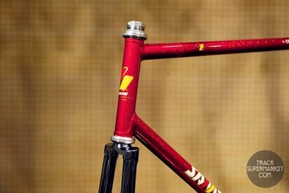 Samson - Red w/ Gold Flake - 59 cm - NJS Track Frame