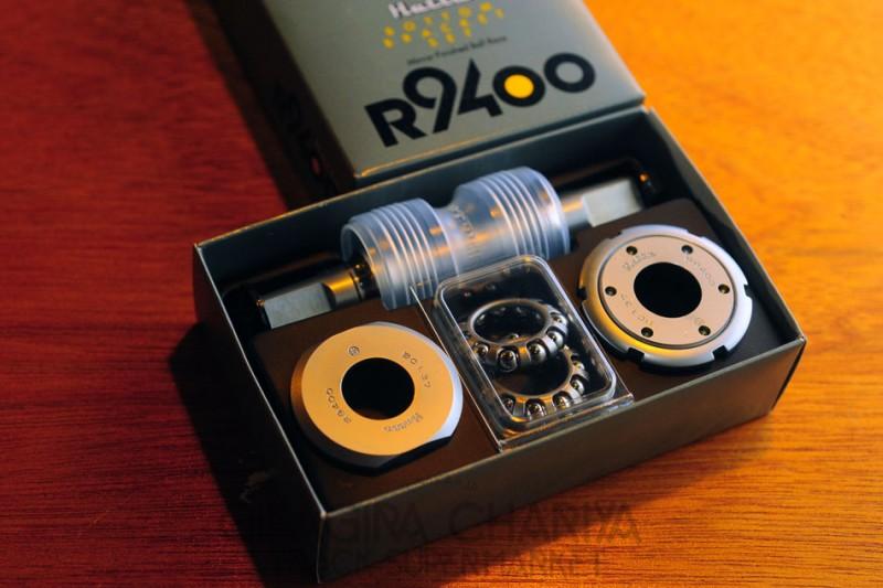 Hatta R9400 Track Bottom Bracket Set (NJS)